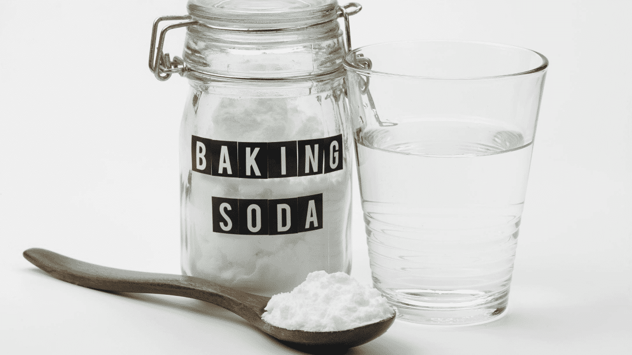 How to Use Baking Soda To Relieve Your Arthritis Pain